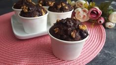 Schoko-Walnuss Muffins - Rezept von Punds Backparadies Pudding, Food, Muffin Recipes, Oven, Eten, Puddings, Meals, Diet