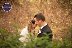 """Me gusta llamar a mi estilo """"Honesto"""", es decir, me gusta capturar los momentos de verdad en una boda;  las sonrisas, las lágrimas, todo lo que hace que ese día sea inolvidable para los novios. - See more at: http://www.matriqui.bo/consejo_proc.asp?Seleccion=105#sthash.n0mC5lgM.dpuf"""