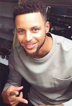 Steph Stephen Curry Family, The Curry Family, Nba Stephen Curry, Golden Curry, Wardell Stephen Curry, Stephen Curry Basketball, Stephen Curry Pictures, Curry Nba, Curry Warriors