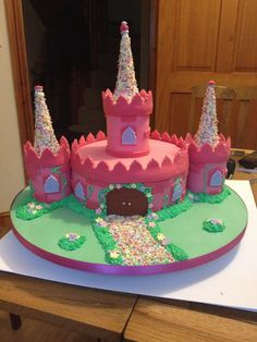 The perfect cake for a girl... Pink Castle Cake!