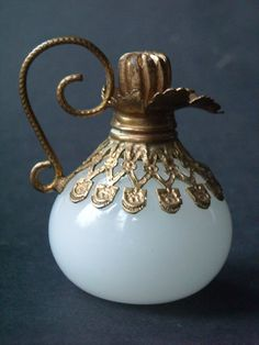 Antique French Grand Tour Opaline Ewer Shaped Perfume/Scent Bottle Circa 1860