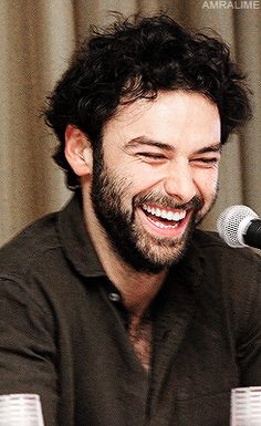 A Wonderful Thing • amralime:   Aidan Turner - Boston Comic Con 2013