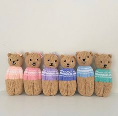 knitted doll patterns Ravelry: Izzy Teddy Bear Dolls pattern by Esther Braithwaite Teddy Bear Knitting Pattern, Knitted Doll Patterns, Knitted Dolls, Baby Knitting, Knitting Patterns, Bear Patterns, Knitting Designs, Crochet Dolls, Diy Teddy Bear
