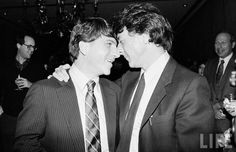 Dustin Hoffman with his older brother Ron, Tootsie premiere in 1982.