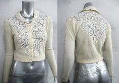 VINTAGE-1950S-BOMBSHELL-LACE-PANEL-FRENCH-VANILLA-CASHMERE-CARDIGAN-SWEATER-SZ-S
