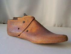 Vintage Cobblers Shoe Form Handsome Maple Shoe by CynthiasAttic