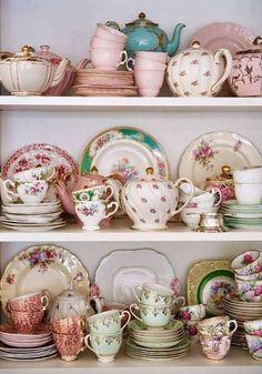 Vintage China Tea Sets home vintage tea teacup hutch set collection teapot Vintage Dishes, Vintage China, Vintage Teacups, Vintage Table, Vintage Display, Vintage Floral, Decor Vintage, Design Vintage, Tea Sets Vintage