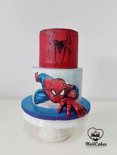 Spiderman Cake Ideas for Little Super Heroes - Novelty Birthday Cakes Spiderman Cake Topper, Spiderman Birthday Cake, Superhero Cake, Novelty Birthday Cakes, Baby Birthday Cakes, Novelty Cakes, Rodjendanske Torte, Marvel Cake, Character Cakes
