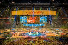 Kussens show Toppers in Concert 2015, door 't Binnenwerk Scharendijke