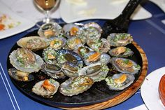 Limpets: El Hierro, Canary Islands Tenerife, Spanish Cuisine, Tapas, Canary Islands, International Recipes, Tasty Dishes, The Incredibles, Vegetables, Eat