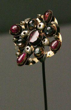 Renaissance pin