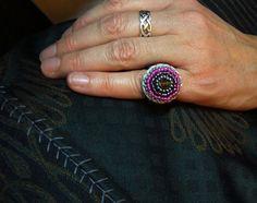 ••• Häkelring für den kleinen Finger •••  von crochet.jewels auf DaWanda.com