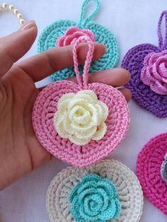 Sweet Heart Crochet Patterns for Valentine's Day or Any Day! Overview of Crochet So You Can Comprehend Patterns - Crochet Ideas Mega Combo Crochê e Amigurumi Crochet Flower Patterns, Crochet Stitches Patterns, Crochet Chart, Crochet Afghans, Love Crochet, Crochet Gifts, Crochet Motif, Crochet Flowers, Crochet Octopus