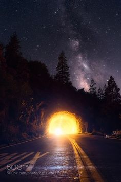 Tunnel View Point Yosemite   Getting creative at Yosemite and taking the time to do something different this time.  http://ift.tt/2fAlCS0  Camera: nikon D500  Join the Milky Way Group http://ift.tt/2sf2DTT and share your Milky Way creations or findings with the world! Image credit: http://ift.tt/2htACW7 Don't forget to like the page or subscribe for more Milky Imagery!  #MilkyWay #Galaxy #Stars #Nightscape #Astrophotography #Astronomy