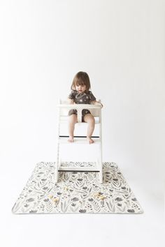 In collaboration with GATHRE. Protect your floors during toddler mealtime with a mat that complements your personal aesthetic. Simply wipe up food and spills o Diaper Changing Pad, Changing Mat, Unisex Clothes, Gender Neutral Baby Clothes, Future Daughter, Lifestyle Newborn, Beach Day, Little Ones, Children