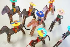 Carton Giddy Up a Gogo Cowboys.fun craft for kids. Animal Crafts For Kids, Diy Arts And Crafts, Diy Crafts For Kids, Projects For Kids, Craft Kids, Clothespin Art, Camping Crafts, Toy Craft, Painting For Kids