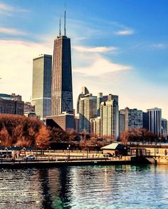 """2,374 Likes, 5 Comments - Chicago, IL (@chicago) on Instagram: """"Photo by @nikhil_15"""""""