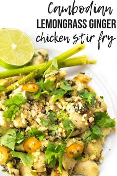 Cambodian lemongrass ginger chicken stir fry - A Hedgehog in the Kitchen Quick Easy Meals, Easy Dinner Recipes, Dinner Ideas, Lemongrass Recipes, Lemongrass Tea, Cambodian Food, Cambodian Recipes, Ginger Chicken, Chicken Stir Fry