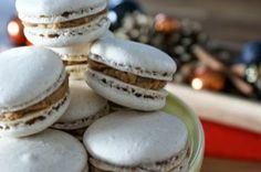 fraustillerbackt: Adventskalender Türchen Nr. 4: Gewürz-Macarons mit Apfelfüllung