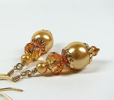 Bridesmaid jewelry Champagne pearl and topaz crystal bridal earrings  Wedding party bridesmaid earrings Beaded pendant bridesmaid gift