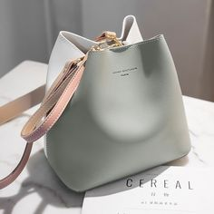 2019 New Designer Women Handbags PU Leather Bucket Shoulder Bags Female Fashion Larger Capacity Crossbody Messenger Bags Girls Tesettür Çanta Modelleri 2020 Trendy Handbags, Fashion Handbags, Purses And Handbags, Fashion Bags, Leather Handbags, Luxury Handbags, Cheap Handbags, Cheap Purses, Bucket Handbags