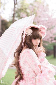 """miraclecandie: """"It's sakura season (♥ó㉨ò)ノ """""""