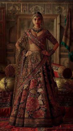 Indian Bridal Outfits, Indian Bridal Fashion, Indian Bridal Wear, Indian Fashion Dresses, Indian Designer Outfits, Bridal Dresses, Designer Bridal Lehenga, Wedding Lehenga Designs, Bridal Lehenga Choli