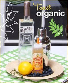 Organic Cocktail: Country Thyme // Hostess with the Mostess®