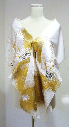 Bridal KIMONO Shawl white & gold crane plus OHANA -flower free size made to order Oriental Fashion, Asian Fashion, Oriental Dress, Japanese Costume, Japanese Kimono, Kimono Fabric, Kimono Dress, Traditional Kimono, Traditional Outfits