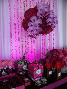 fuchsia and chocolate candy buffet......I think the boxes are a cute idea too