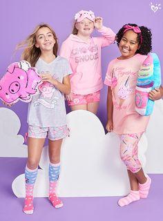 Cute, Comfy & Fun Sleepwear & Pajamas For Tween Girls Pajama Outfits, Cute Teen Outfits, Outfits For Teens, Girl Outfits, Teen Kids, Kids Girls, Justice Pjs, Cosy Outfit, Justice Accessories