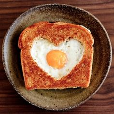 Egg in the Basket: A perfect Valentine's Day breakfast!