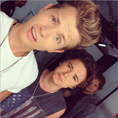Ed Sheeran in the background of James & Brad's (of The Vamps) selfie! WHERE WAS THIS WHAT IS HAPPENING I NEED TO KNOW!