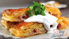"""Ultra Fast Lunch or Dinner made with Puff Pastry a """"What the House Gives Sour Cream Sauce, Hungarian Recipes, Food Goals, Quick Meals, Tray Bakes, Food For Thought, Healthy Snacks, Brunch, Food And Drink"""