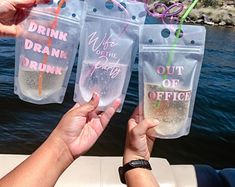 Drinks Alcohol Recipes, Alcoholic Drinks, Cocktails, Drink Bag, Orange Beach Alabama, Party Food And Drinks, Candy Drinks, Beach Drinks, Bachelorette Party Games