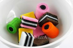 Shop Store & Kitchen – licorice confectionery Play Kitchen Shop – a design – Desserts World Felt Diy, Felt Crafts, Diy For Kids, Crafts For Kids, Candy Land Christmas, Christmas Trees, Felt Food Patterns, Crea Fimo, Felt Play Food
