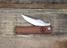 Personalized Wood Locking Outdoorsmen Folding Pocketknife - Rosewood
