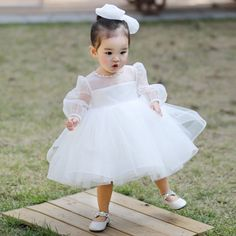 Shop Super Cute White Tutu Flower Girl Dress With Bubble Sleeves online. Super cute styles with couture high quality. Baby Girl Party Dresses, Cheap Flower Girl Dresses, Flower Girl Tutu, Dresses Kids Girl, Baby Dress, Kids Outfits, The Dress, Flower Girls, Baby Girl White Dress