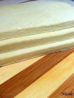ALUAT DE FOIETAJ FACUT IN CASA - Retete Originale Cu Nicole Bread, Colours, Food, Cake Recipes, Brot, Essen, Baking, Meals, Breads