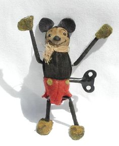Vintage Toys Vintage wind-up Mickey Mouse Toy Vintage Mickey, Retro Toys, Vintage Toys, Antique Toys, Vintage Antiques, Retro Disney, Punk Disney, Disney Fun, Toys In The Attic