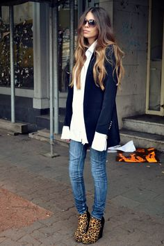 blazer + white button-up + skinny jeans + leopard-print ankle boots