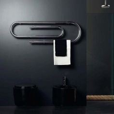 Paper clip towel warmer Graffe Wall Mount Hydronic Towel Warmer by Scirocco