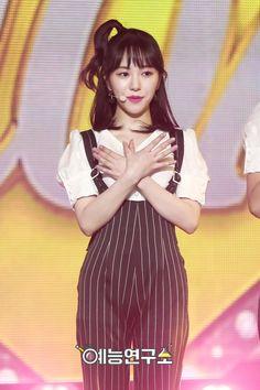 Kwon Mina, Fnc Entertainment, Seolhyun, Korean Girl Groups, Kpop Girls, Snow White, Disney Princess, Core, Angels