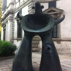 Mere Ubu - cheering up the streets of Milan since for ages (actually 1976) #Milano #Milan #Miro