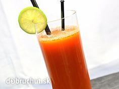 Jablkovo-mrkvový nápoj Smoothies, Pint Glass, Beer, Tableware, Smoothie, Root Beer, Ale, Dinnerware, Beer Glassware