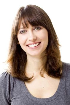 Layered Hairstyles with Bangs - Shoulder Length