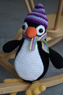 penguin #crochet #amigurumi from lilleliis.blogspot.com