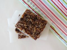No Bake Granola Bars - A sweet, chewy, no bake granola bar made with almond butter, maple syrup and almonds.