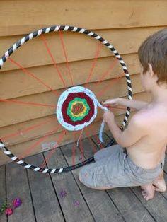 Häkeln mit Fingern und Hula-Hoop-Weben