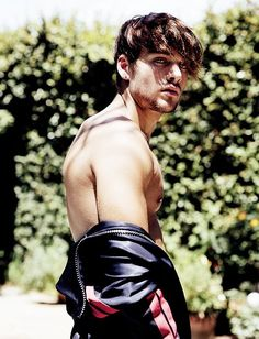 """Dylan Sprayberry is Da Man's """"Superboy"""" as he takes in a late summer shoot with photographer Mitchell Nguyen McCormack. Relaxing poolside, the Teen Wolf actor… Jordan Parrish, Teen Wolf Actors, Teen Wolf Boys, Peter Hale, Dylan Sprayberry, Scott Mccall, Stiles, Fanfiction, Teen Wolf Imagines"""